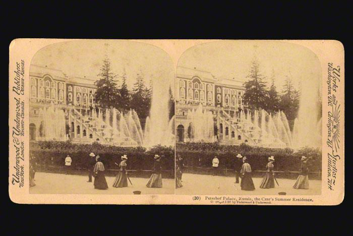 A Stereoscopic image of the Czar's Peterhof Palace circa 1900.