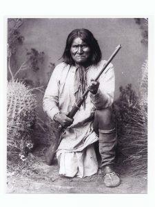 Geronimo (1829-1909).