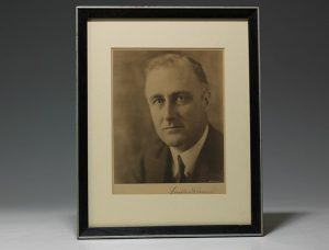 FDR signed photograph (BRB 101668)
